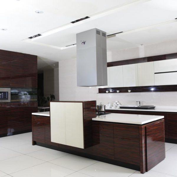 Wood Veneer Glossy Door Kitchen Cabinet