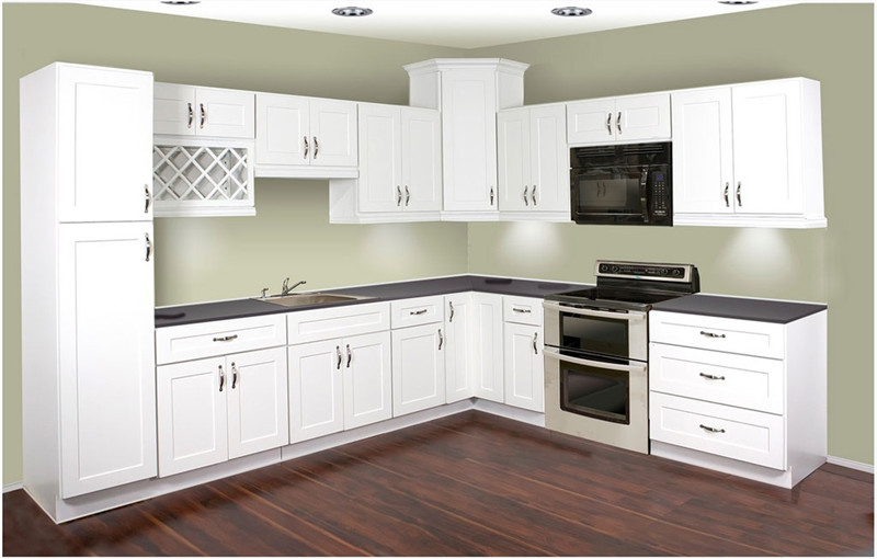Shaker Door Style Lacquer Kitchen